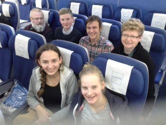 An Bord von KLM567, die Reisegruppe des Gymnasiums Nordhorn.