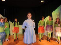 Theater-AG des Gymnasiums Nordhorn: Alice im Wunderland.