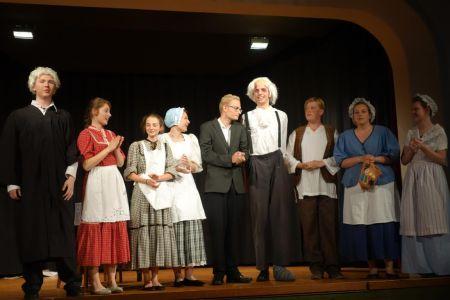 »Der zebrochene Krug« - Theater AG des Gymnasiums Nordhorn